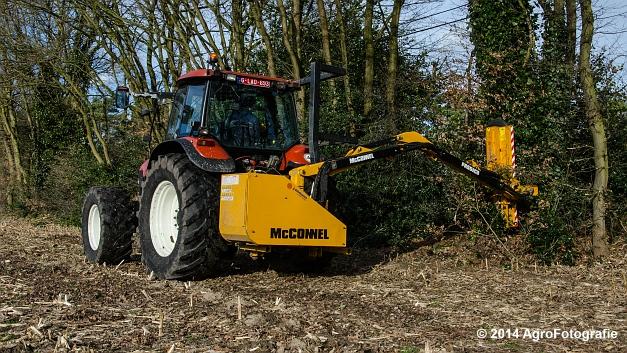 New Holland TM 155 + Mc Connel PA 55 ECO (12 van 23)