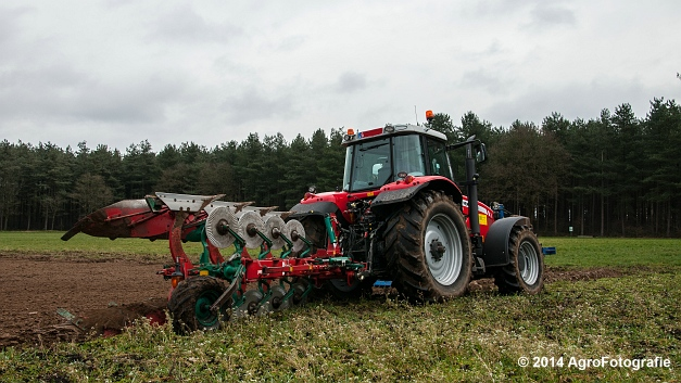 Massey Ferguson 7485 + Kverneland (Cuyvers) (15 van 23)