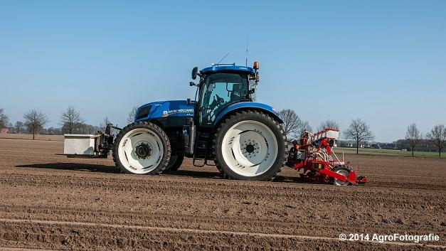 New Holland T7.210 + Gaspardo (Roost) (11 van 29)