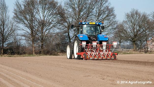 New Holland T7.210 + Gaspardo (Roost) (15 van 29)