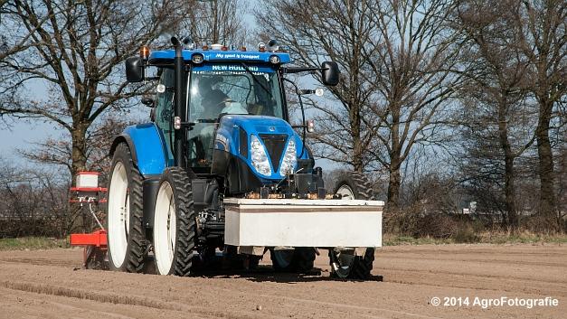 New Holland T7.210 + Gaspardo (Roost) (2 van 29)