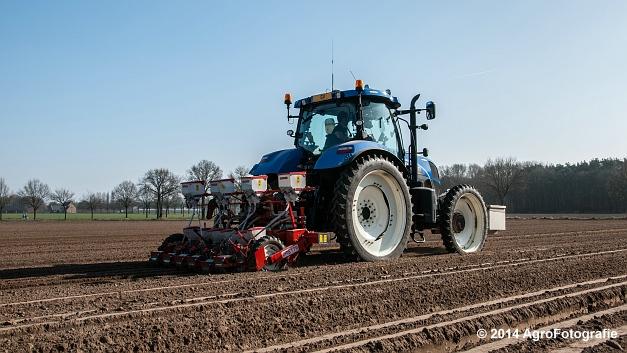 New Holland T7.210 + Gaspardo (Roost) (6 van 29)
