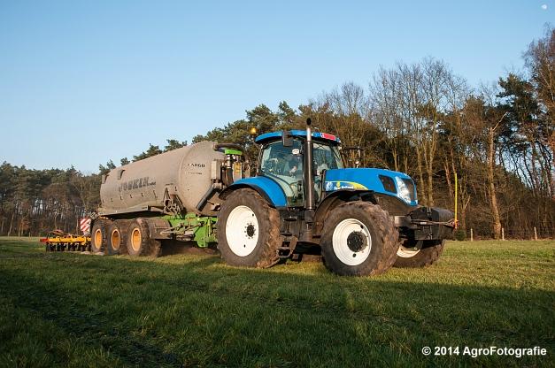 New Holland T7030 + Joskin (VDS) (11 van 25)