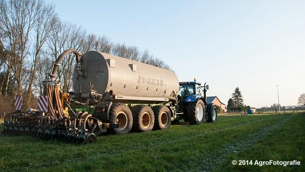 New Holland T7030 + Joskin (VDS) (13 van 25)