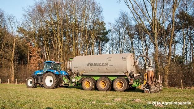 New Holland T7030 + Joskin (VDS) (2 van 25)