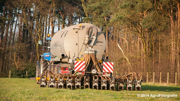 New Holland T7030 + Joskin (VDS) (21 van 25)