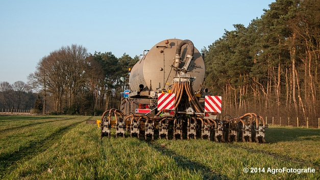 New Holland T7030 + Joskin (VDS) (25 van 25)