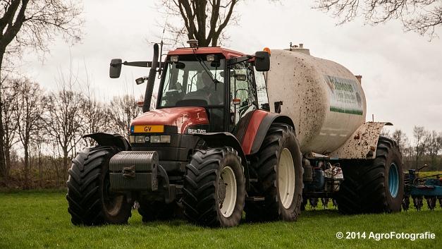 New Holland TM 165 + Duport (Schoonen) (1 van 26)