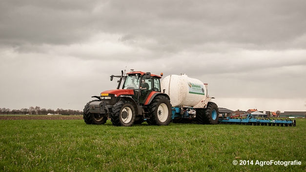 New Holland TM 165 + Duport (Schoonen) (13 van 26)