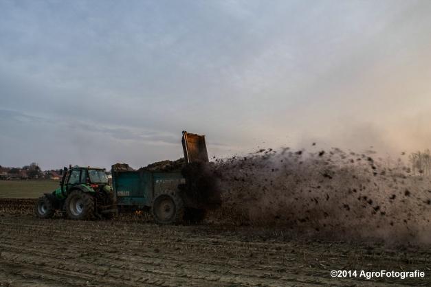 Deutz-Fahr Agrotron + Rolland-23