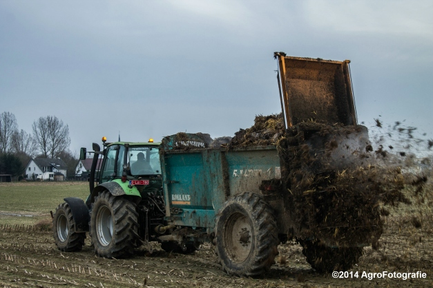 Deutz-Fahr Agrotron + Rolland-9