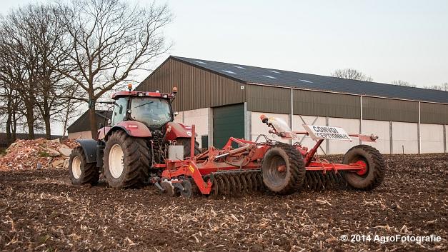 New Holland T7030 + Kuhn Optimer (Vanbuel) (17 van 18)