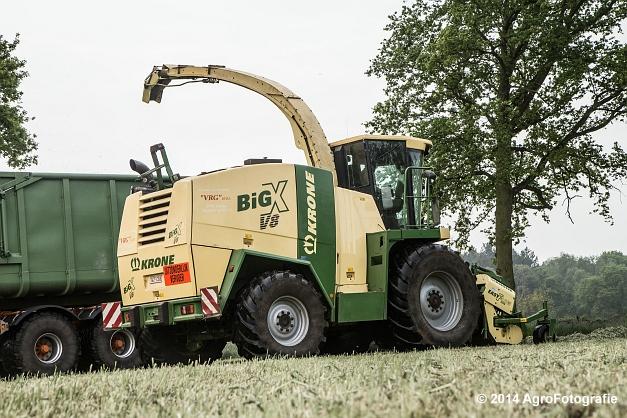 Krone Big X V8 (3)