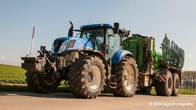 New Holland T7.250 + Joskin Xtrem (1 van 22)