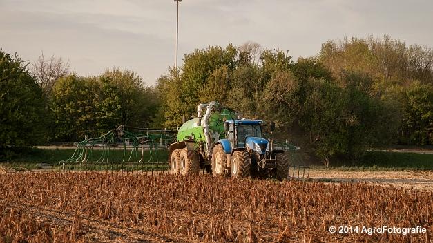 New Holland T7.250 + Joskin Xtrem (18 van 22)