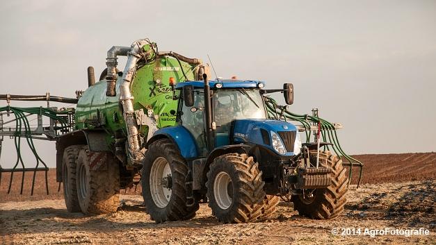 New Holland T7.250 + Joskin Xtrem (22 van 22)