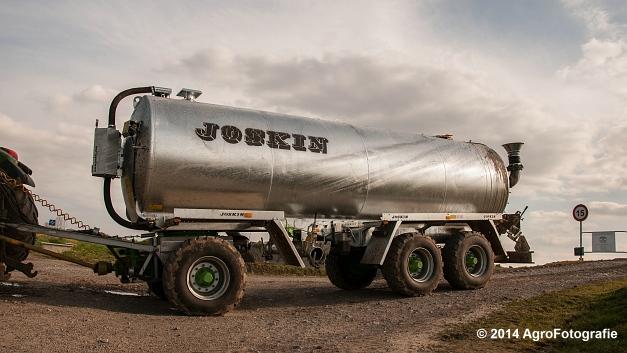 New Holland T7.250 + Joskin Xtrem (4 van 22)