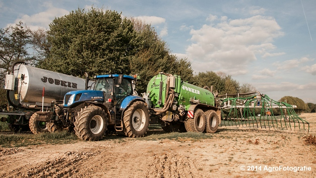 New Holland T7.250 + Joskin Xtrem (6 van 22)