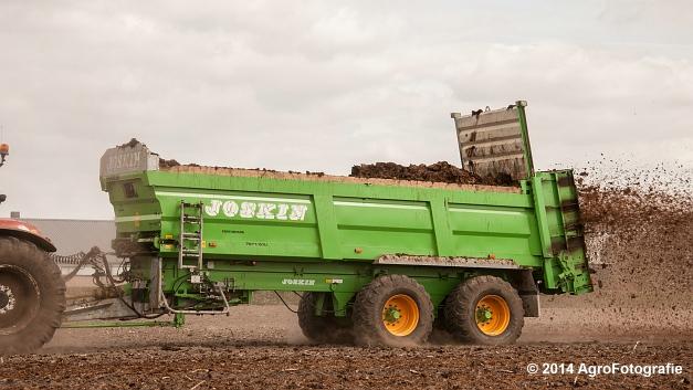 New Holland T7030 + Joskin Ferti-Space 7011 20U (Vanbuel) (3 van 15)
