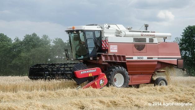 New Holland CX 7090 & Laverda 3650 (Vanbuel) (31 van 40)