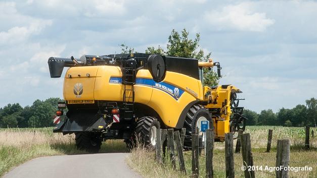 New Holland CX 7090 & Laverda 3650 (Vanbuel) (8 van 40)