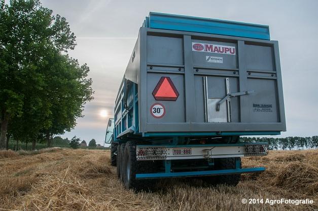 Claas LEXION 520 & New Holland CX 8040 (Hobin Travagri + Wauters) (20 van 20)