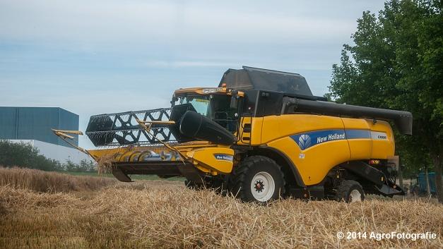 Claas LEXION 520 & New Holland CX 8040 (Hobin Travagri + Wauters) (8 van 20)