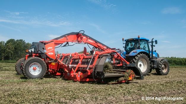 New Holland T7.170 + Kuhn Merge MAXX 900 (Van De Kruys) (11 van 22)