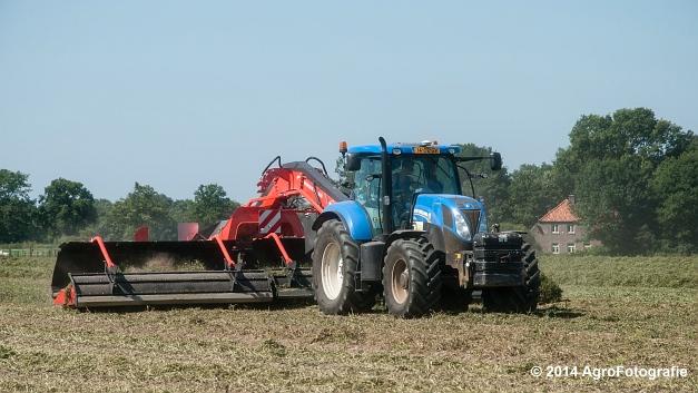 New Holland T7.170 + Kuhn Merge MAXX 900 (Van De Kruys) (16 van 22)