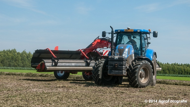 New Holland T7.170 + Kuhn Merge MAXX 900 (Van De Kruys) (20 van 22)
