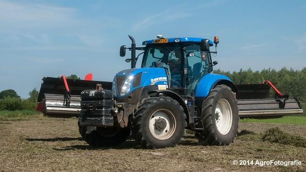 New Holland T7.170 + Kuhn Merge MAXX 900 (Van De Kruys) (3 van 22)