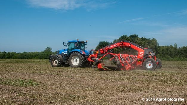 New Holland T7.170 + Kuhn Merge MAXX 900 (Van De Kruys) (5 van 22)