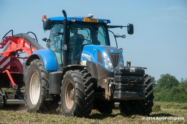 New Holland T7.170 + Kuhn Merge MAXX 900 (Van De Kruys) (8 van 22)