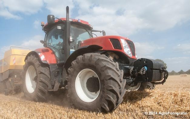 New Holland T7060 + New Holland BB940 (Vanbuel, stro) (14 van 16)