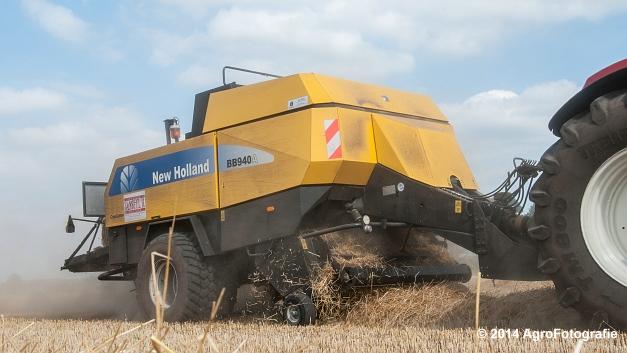 New Holland T7060 + New Holland BB940 (Vanbuel, stro) (3 van 16)
