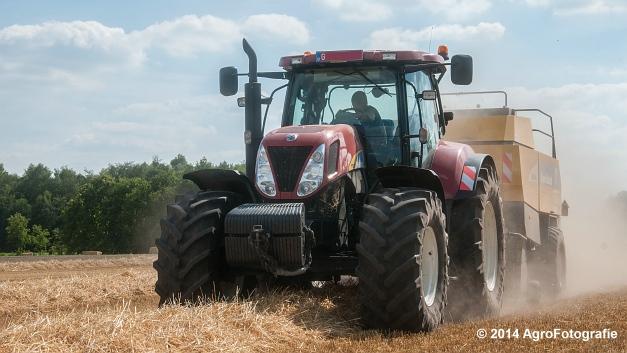 New Holland T7060 + New Holland BB940 (Vanbuel, stro) (5 van 16)