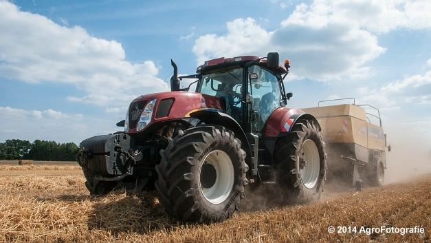 New Holland T7060 + New Holland BB940 (Vanbuel, stro) (6 van 16)