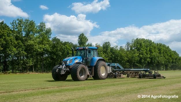 New Holland TVT 135 + GreenClipper 5 (Franken agro) (12 van 15)