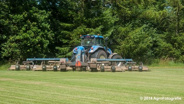 New Holland TVT 135 + GreenClipper 5 (Franken agro) (7 van 15)