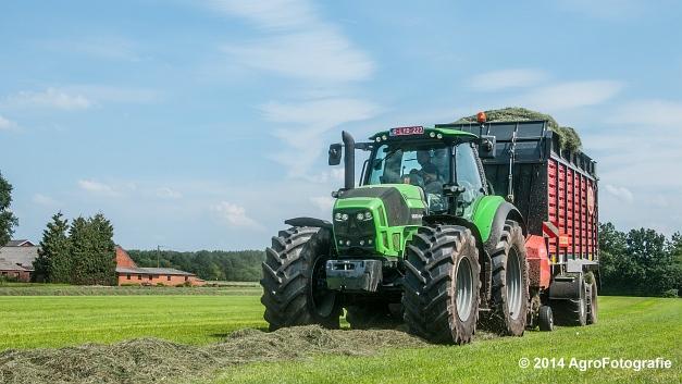 Deutz-Fahr Agrotron 7230 + Vicon ROTEX Combi 800 (11 van 15)