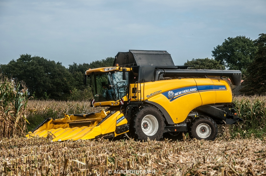 New Holland CX 7090 (Maïs, Vanbuel) (1 van 16)