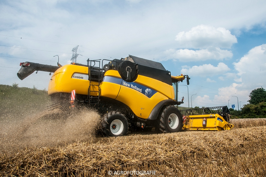 New Holland CX 8040  (10 van 13)