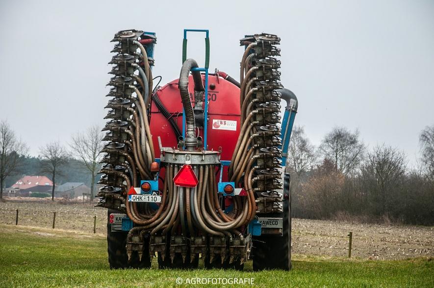 Deutz- Fahr Agrotron M640 + Kaweco Double Twin (Grasland, 19-02-2015) (5)