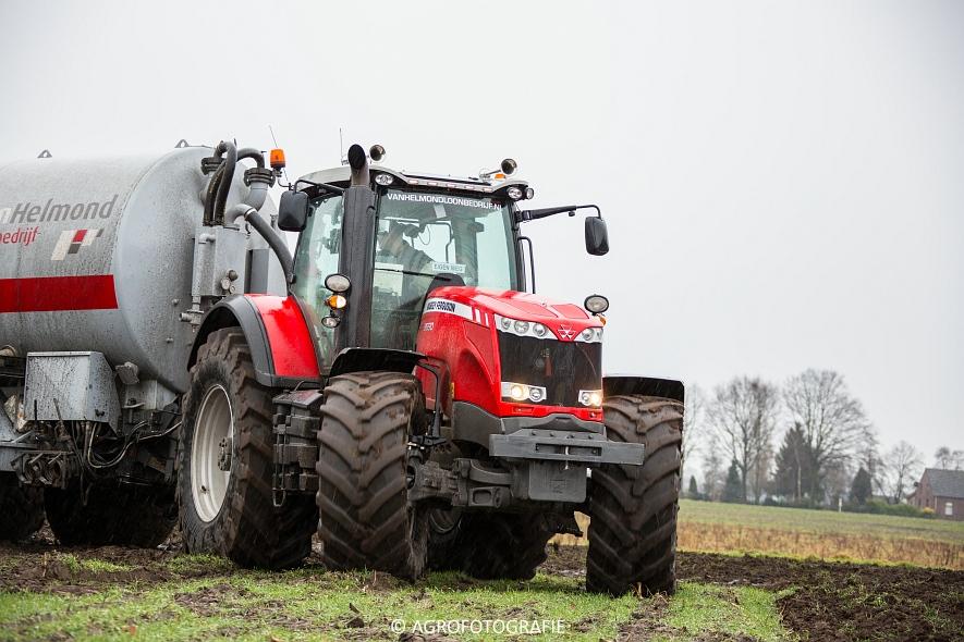 Massey Ferguson 8690 + Peecon (Bouwland, 02-02-2015, Van Helmond) (11)