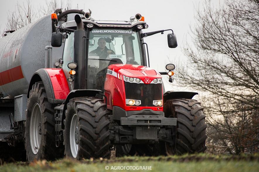 Massey Ferguson 8690 + Peecon (Bouwland, 02-02-2015, Van Helmond) (2)