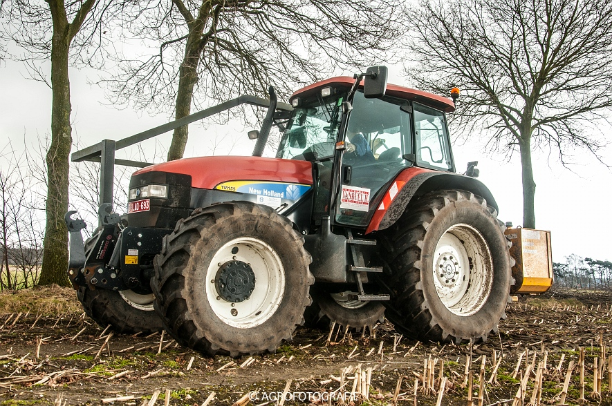 New Holland TM 155 + McConnel PA55ECO (17)