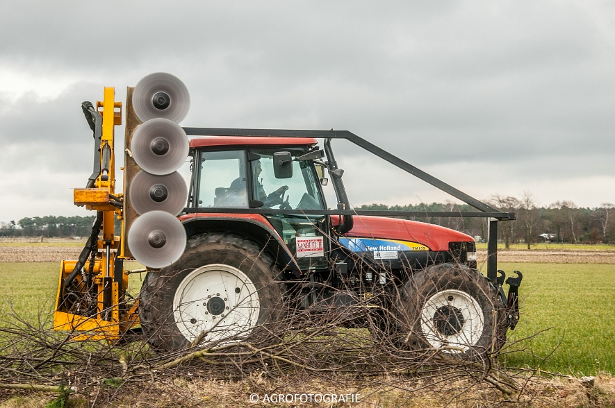 New Holland TM 155 + McConnel PA55ECO