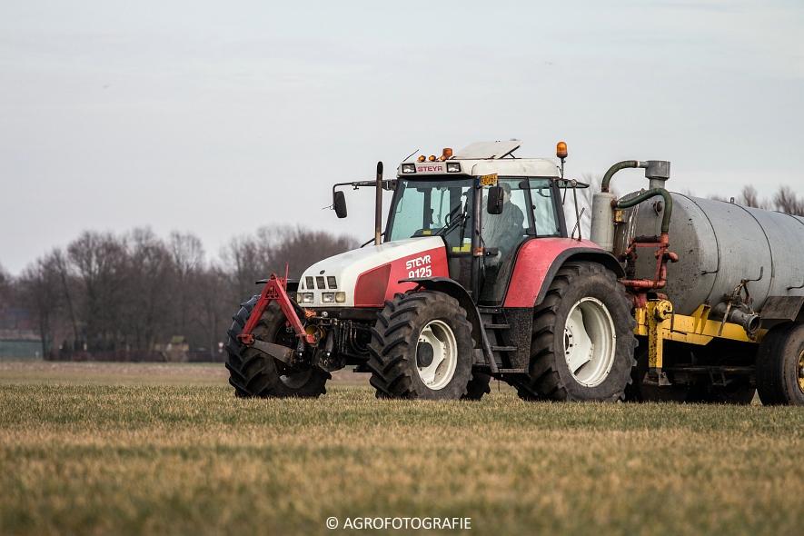 Steyr 4110 + Veenhuis (24)
