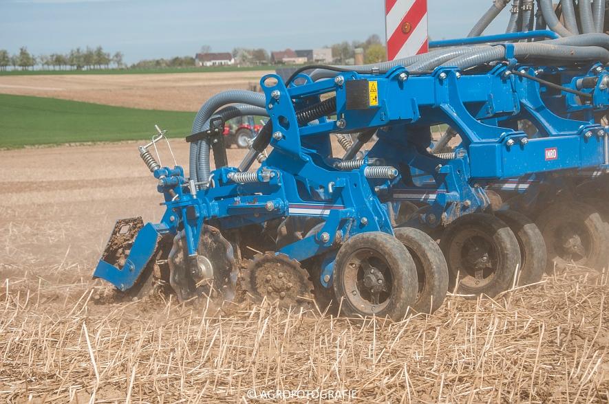 Challenger Terra Gator TG 8333 (Strip-till, Hartmann, 17-04-2015) (20)