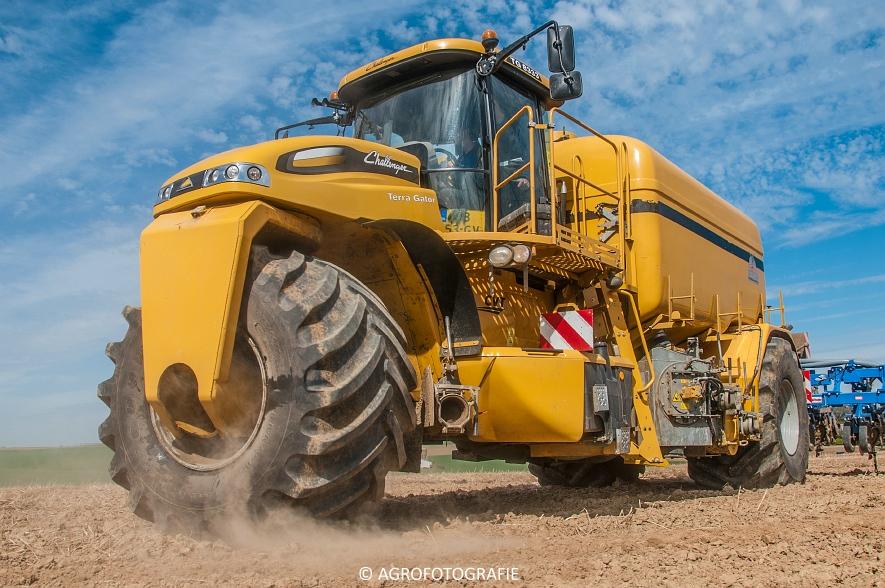Challenger Terra Gator TG 8333 (Strip-till, Hartmann, 17-04-2015) (46)